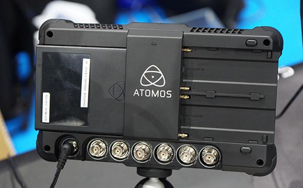 atomos2.jpg