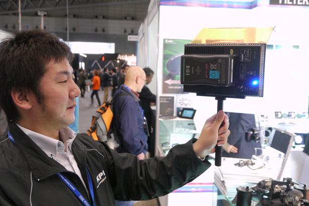 camlight08_interbee2011.jpg