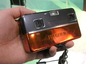 fujifilm%203D%20camera01.jpg