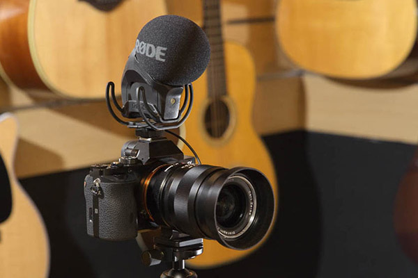 wStereo%20VideoMic%20Pro%20Music2.jpg