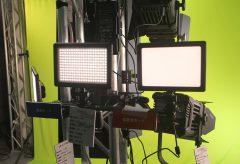 サンテック/直射光と面発光の切り替えが可能なLEDライト