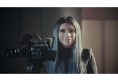 カースティン・マルドナードの新ミュージックビデオ「Naked」、15台の ブラックマジックデザインのカメラで撮影