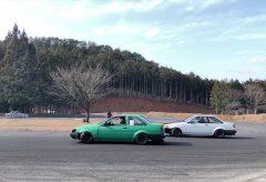 【Views】『Drift Motor-land Mikawa』3分47秒~レースのスタートを思わせるイントロでワクワクするドリフトレース