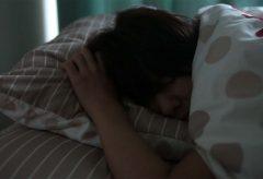極・ト書き一行のカット割り! 第82回 今月のお題「朝の光景篇1~眠っている/二度寝する~」