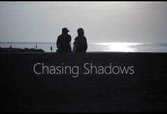 【Views】『Chasing Shadows』1分53秒~江ノ島を訪れた作者のふとした気付きから生まれた夕陽と影が織りなすストーリー