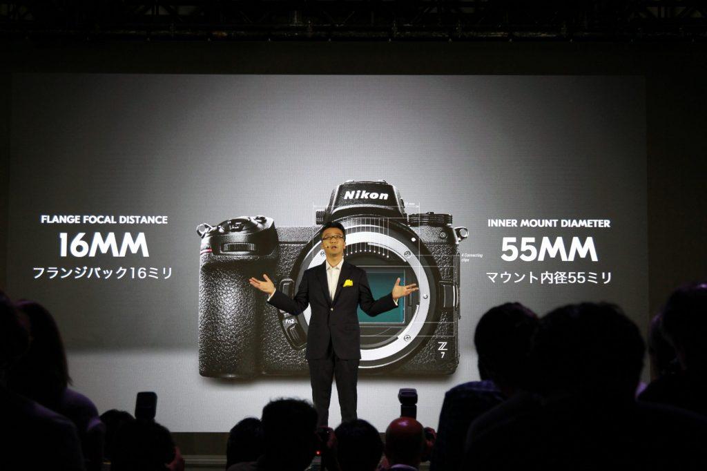 ニコン、大口径の新型マウント「ニコン Z マウントシステム」を発表。フルサイズミラーレスカメラ Z 7 ・ Z 6 の2機とZマウントレンズ3本、マウントアダプターの発売も。