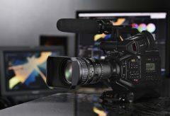 ブラックマジックデザイン、『URSA Broadcast』とFUJINON 4K B4レンズ  『LA16×8BRM』のレンズセットを発売