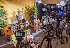 【CP+2019・プロ向け動画エリア】ライトアップブースではシネマカメラのタッチ&トライ、ハッセルブラッド、Zhiyunのジンバルの展示も