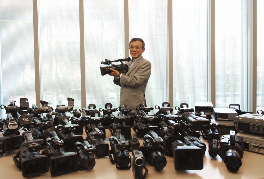 【ソニー】ビデオカメラの市場を拡大した「コンスーマーベースの業務用ビデオカメラ」の系譜〜ソニー馬場信明氏インタビュー