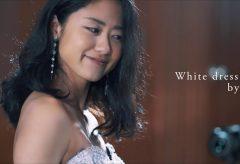 【Views】668『ドレスショー』2分30秒〜縦横無尽に駆け回るカメラが美しいドレスをまとった女性たちの晴れやかな表情を次々に紡ぎ出していく