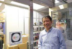 赤坂にあるDVCの中溝さんにビデオ機材販売一筋28年の話を聞く