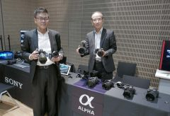 【Photo EDGE Tokyo2019】ソニーブースではα9Ⅱ、α6600などを展示。動画ユーザーに人気のガンマイクも