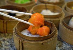 【Views】825『バンコク中華街の中華料理レストラン』5分52秒〜とあるタイのレストラン。スープに飲茶に焼きそばと様々な料理が手際よく作られていく
