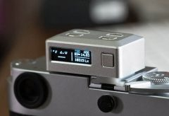3i、カメラのホットシューに取り付け可能なデジタル露出計 KEKS EM01を発売