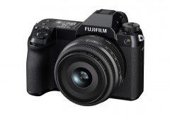 富士フイルム、1億2百万画素のミラーレスデジタルカメラFUJIFILM GFX100Sを発表