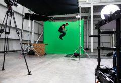 ヴァイテックイメージング、マンフロットのクロマキー背景などスタジオ用品を発売